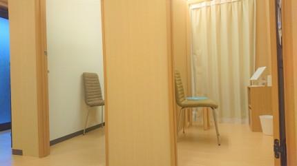 更衣室 2部屋